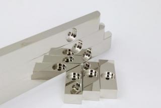 光沢ニッケルメッキ/素材アルミニウム