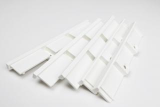 ABS樹脂製品に白いウレタン塗装